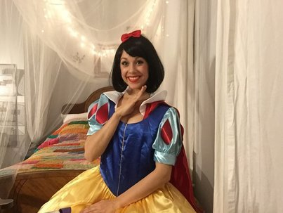 Snow White Lookalike For Hire